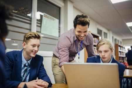 Akademia Informatyczna - projekt adresowany do uczniów szkół podstawowych