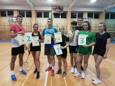 III Indywidualne Mistrzostwa LO nr XIV w Badmintonie za nami